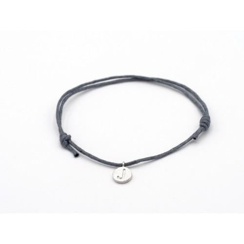 Bracciale ALPHABET in cordino di cotone cerato e medaglietta in argento 925 - valentinadomenichelli.com