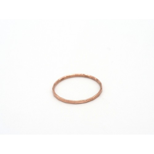 Fedina martellata SO SIMPLE in argento 925 bagnato oro rosa - valentinadomenichelli.com